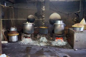 Dapur Gudeg Yu Djum Tungku