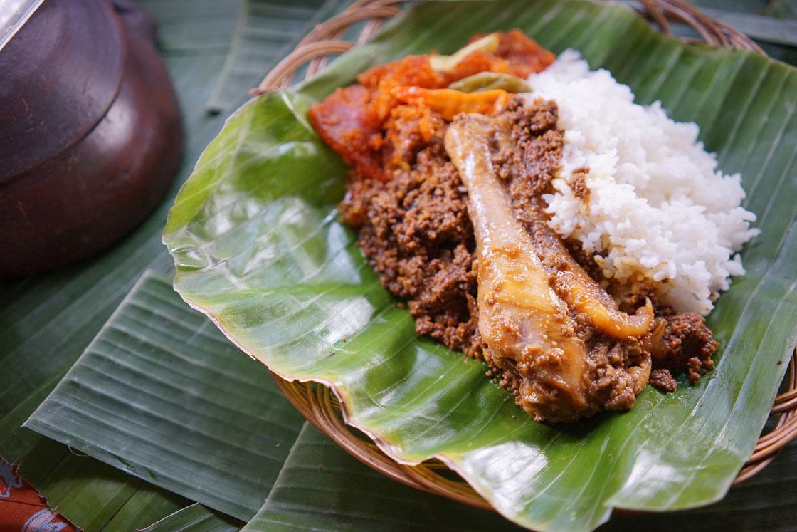 Nasi Gudeg Ayam Paha Bawah Ceker