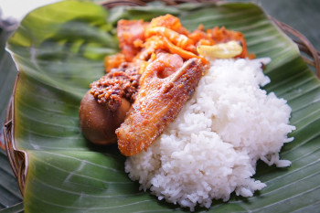 Nasi Gudeg Telur Sayap Ayam