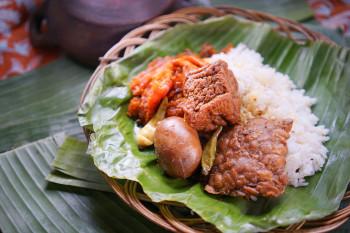 Nasi Gudeg Telur Tahu Tempe